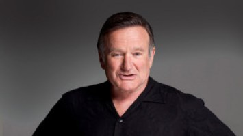 Robin Williams ingresa en rehabilitación para superar su adicción al alcohol