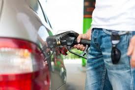 Congelan precios combustible