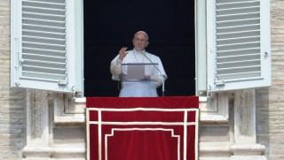 VATICAN-RELIGION-POPE-COELI-ANGELUS