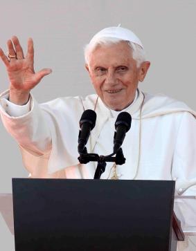 Benedicto XVI permite adelantar inicio de cónclave
