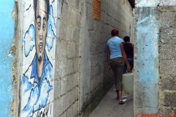 Murales de fallecidos en los barrios de la capital