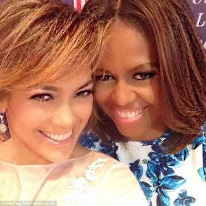 El selfie Jennifer López con la primera dama de EE UU