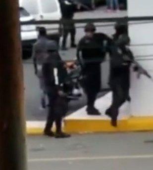 Resultado de imagen para Capturan feminicida en banco de Santiago