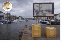 """Exposition """"Port d'antan"""" @ Quartier du port"""