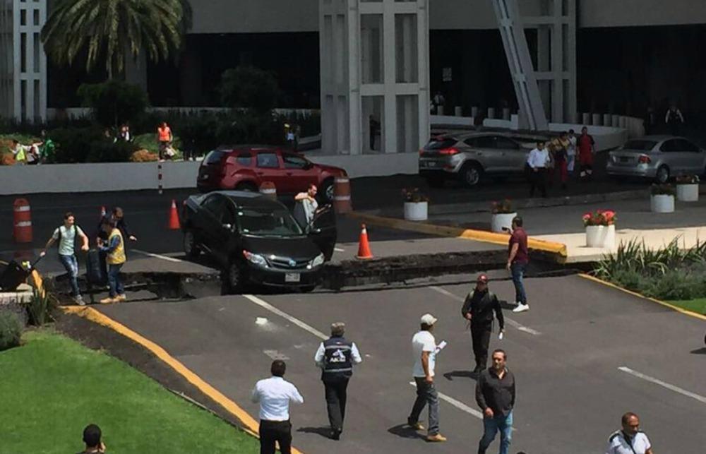 Resultado de imagen para terremoto mexico Aeropuerto