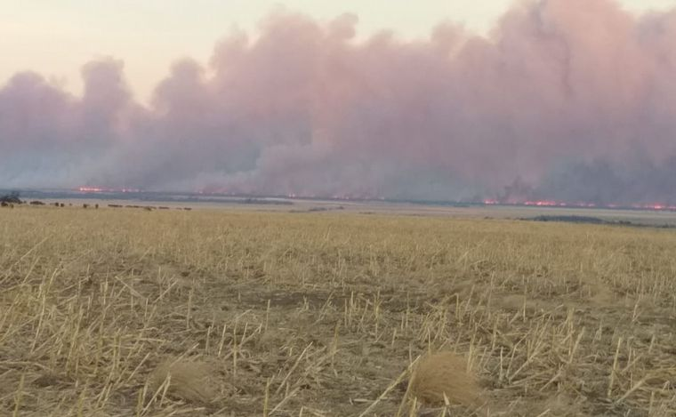 AUDIO: Fue controlado el incendio en El Manzano y sigue el de Candonga y La Estancita.