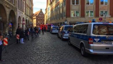 Photo of Un auto atropelló a una multitud en Alemania
