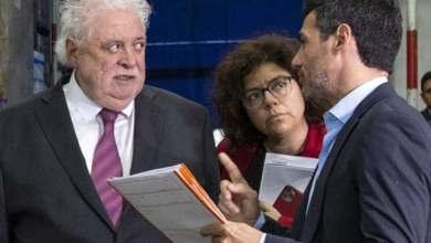 """Photo of El Gobierno afirma que """"la situación es muy complicada, pero no se piensa en prohibiciones"""""""