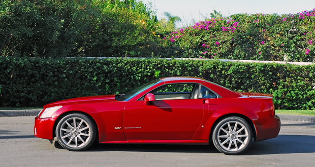 Review: Cadillac XLR-V Roadster Puts All Other Vehicles Made in U.S. to Shame