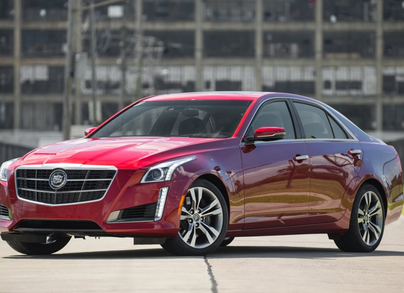 2014-cadillac-cts-vsport-front-three-quarters