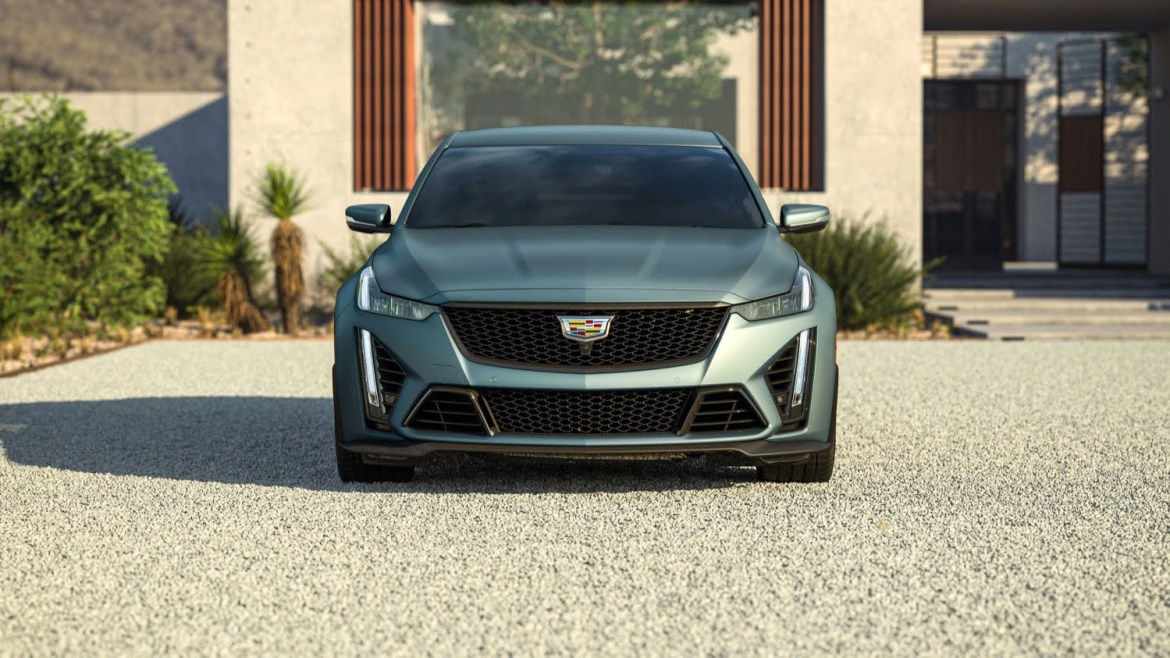 2022 Cadillac CT5-V Blackwing in Dark Emerald Frost