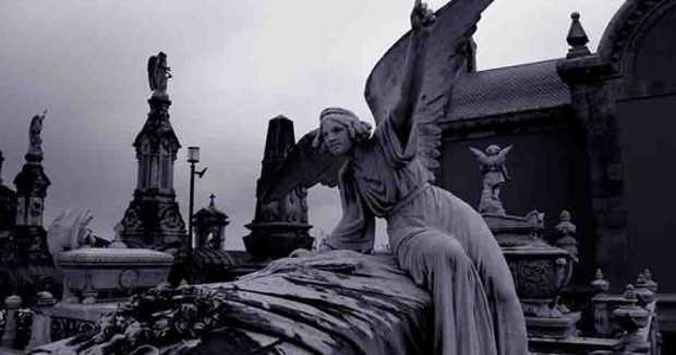 angel cementerio