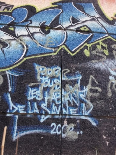 Terrain de sport - La Savine - Marseille 15e
