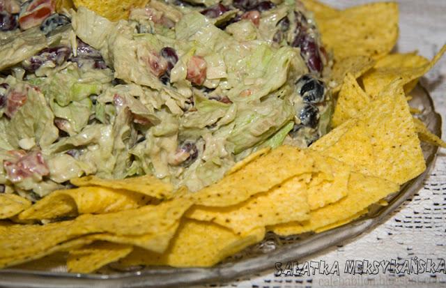 Warstwowa sałatka meksykańska