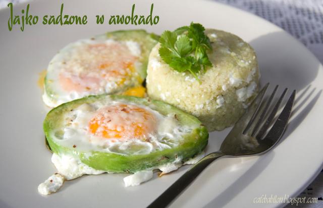 Jajko sadzone w awokado