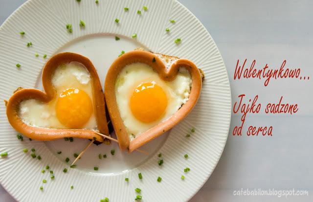 Jajko sadzone w parówce