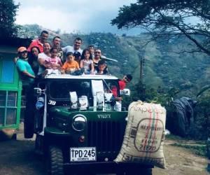 Familia caficultora, café las margaritas, montañas colombianas, finca