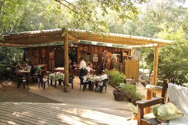 trilhas, cascata, natureza e um restaurante delicioso, o Berga!