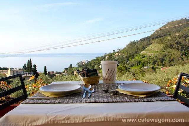 E o dia amanheceu assim: com sol e café da manhã de frente para o espetáculo. Adorei