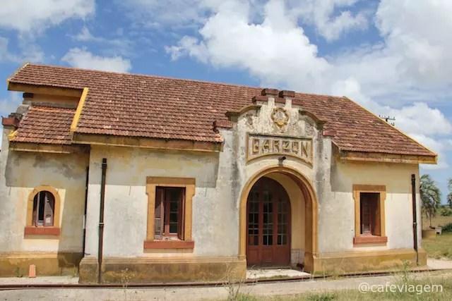 A estação de trem abandonada!
