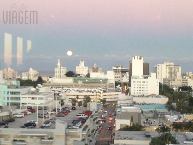 No nosso Valentine's Day, até a lua cheia marcou encontro com o sol