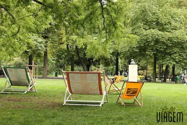 """O astral do Parque dos Bastiões ( Les Bastions ) onde está a """"Parede dos Reformistas"""""""