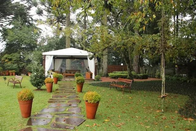 Uma pena que chovia e não conseguimos curtir o jardim!
