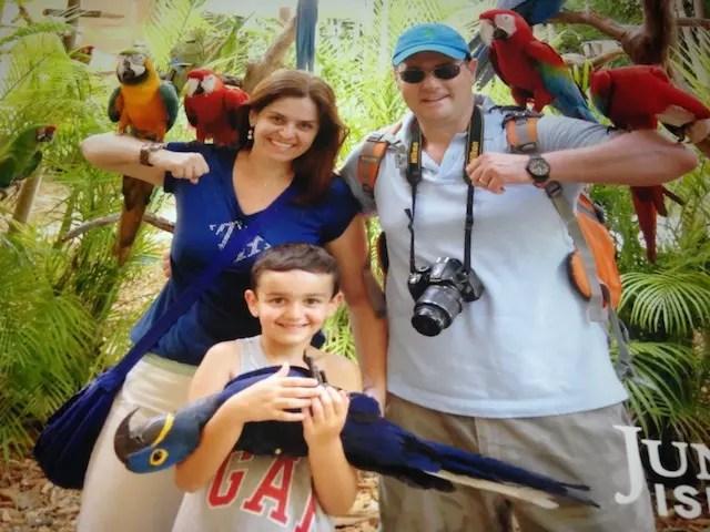 A família curtindo o Jungle Island