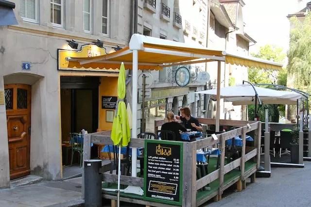 o pequeno e popular Chez ma Couisine