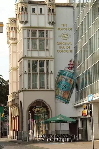 água de colônia, o souvenir clássico de Colônia