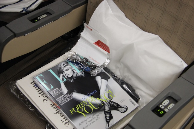 Revista, jornal em alemão... aceito tudo para me distrair no voo!
