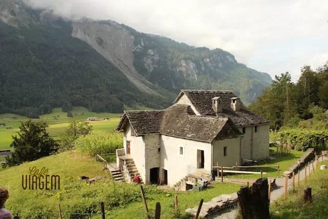A experiência da Suíça de antigamente em Ballenberg