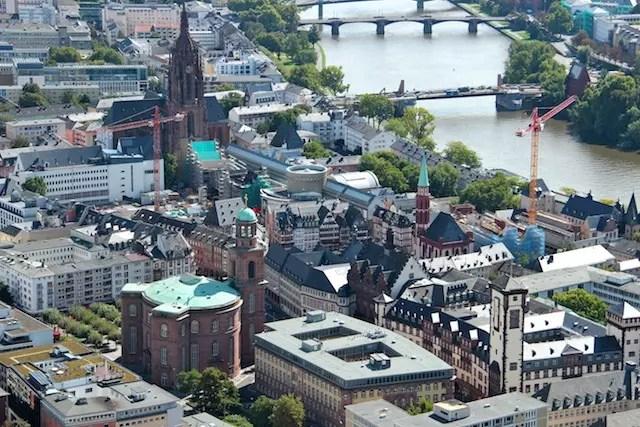 O centro histórico visto da Main Tower