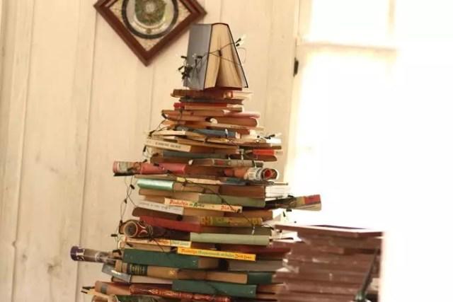 a árvore de livros antigos, adorei!