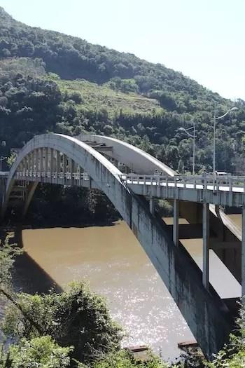 Ponte dos Arcos Rio das Antas