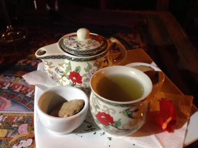 Não deixe de finalizar a refeição com o chá. É divinoooo