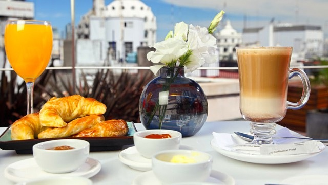 Café da manhã no Hotel 5 estrelas do pacote Buenos Aires Chic