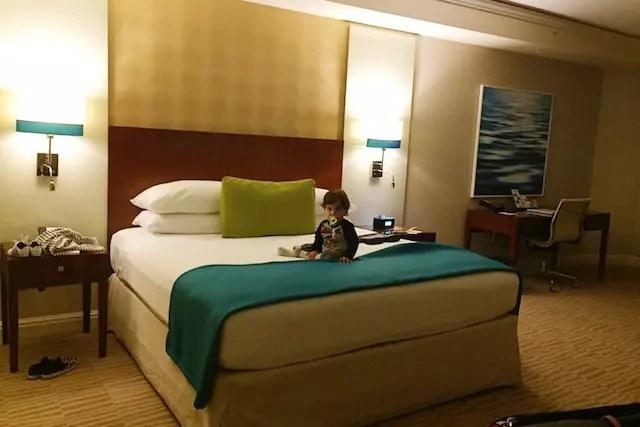 O quarto do Trump International Beach Resort