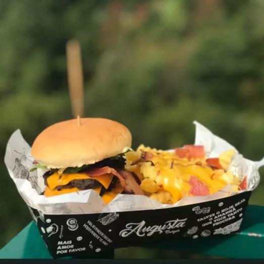 Augusta Burger - foto Facebook Augusta Burger