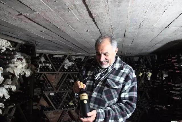 Inagcio apresentando o Amat, um dos vinhos ícones da Carrau