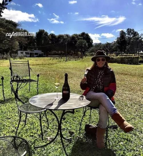 Tim-Tim para essa vinícola, para o dia lindo e para a excelente companhia.