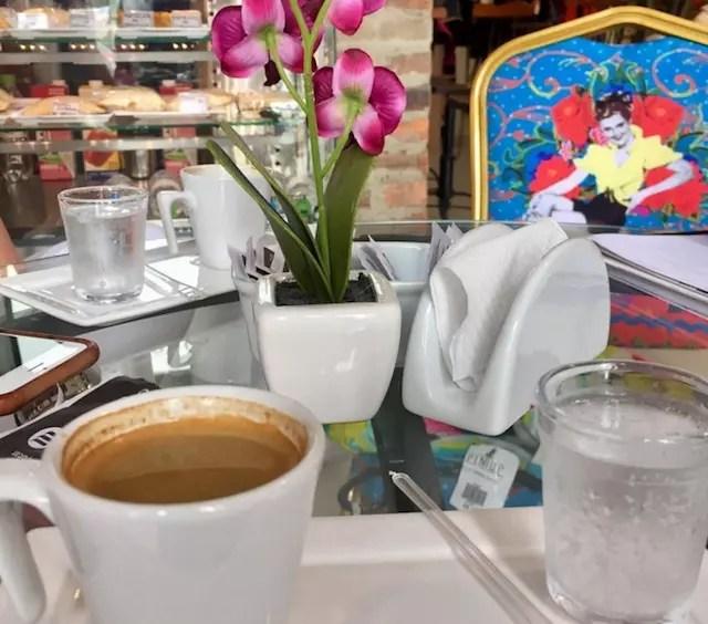 pin-store-cafe-e-brecho-em-porto-alegre