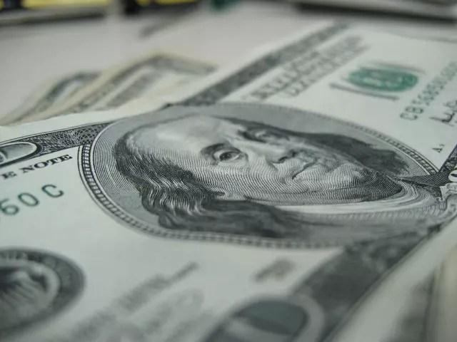 como comprar dólar online