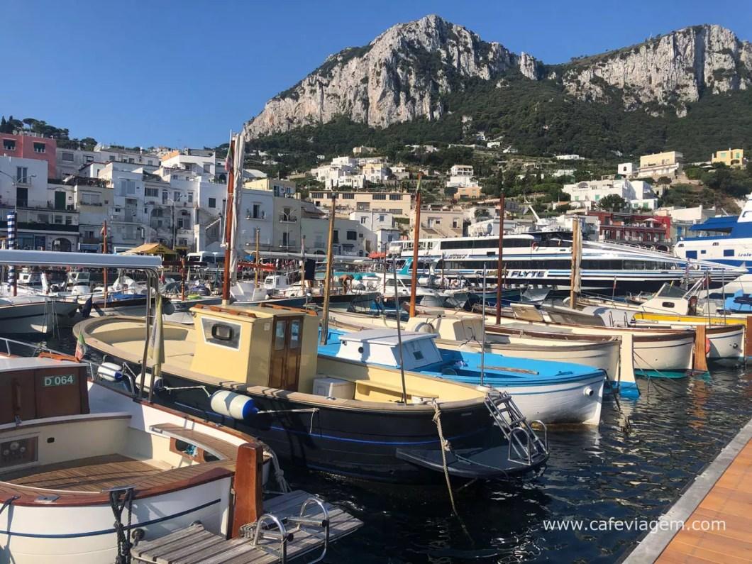 Passeio de Barco Capri