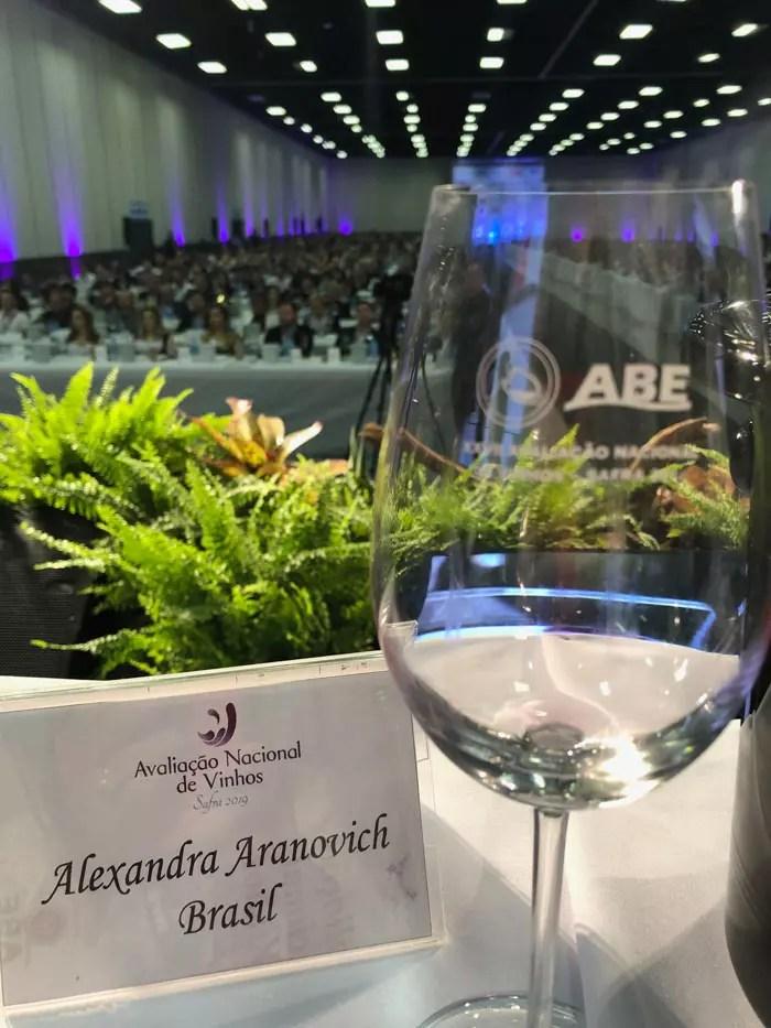 Alexandra Aranovich comentarista Avaliação Nacional de Vinhos