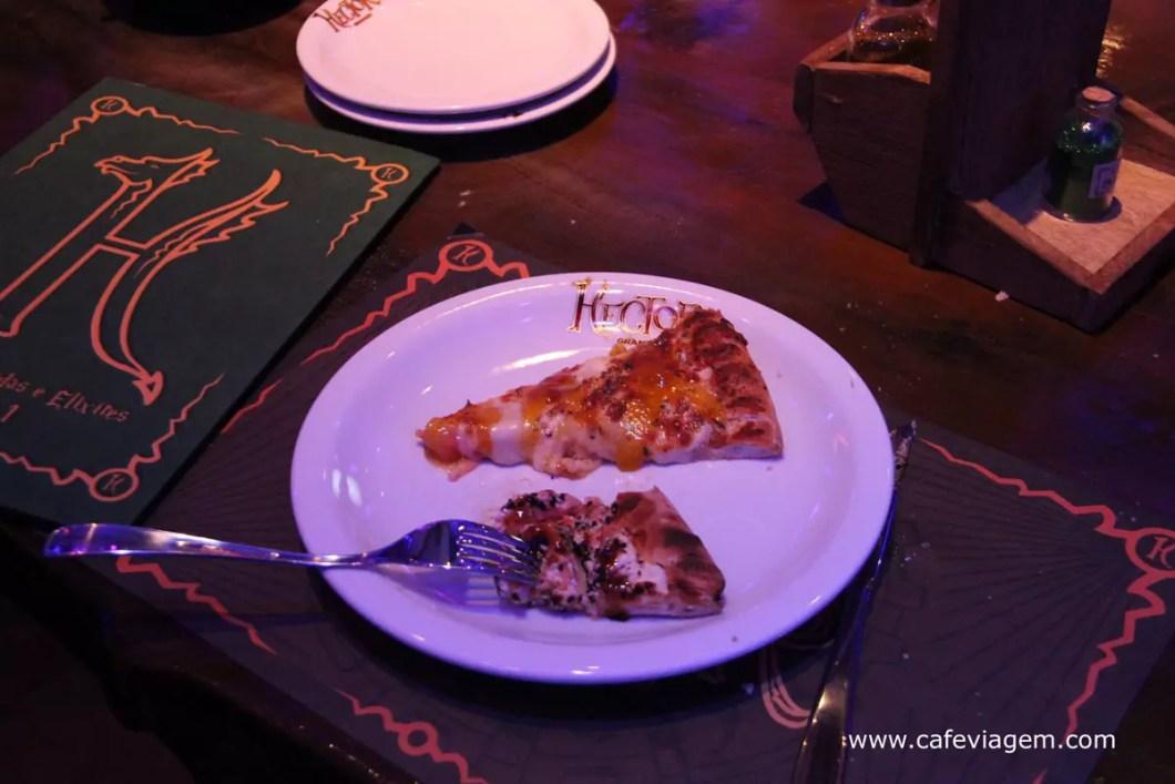 pizza brie com geleia de damasco