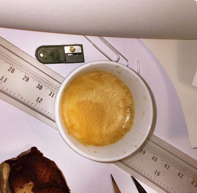 Oggetti personali + espresso | ph @ercats1