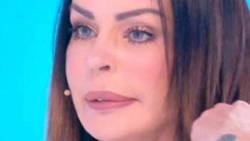 """""""Quello che vedo non mi piace"""". Nina Moric è addolorata, il pensiero è per suo figlio Carlos"""