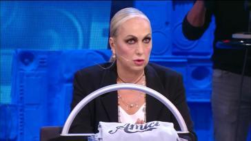 """""""Non doveva farlo"""". Amici 20, l'ex allieva contro Alessandra Celentano. Scoppia la bufera a pochissimo dalla finale"""