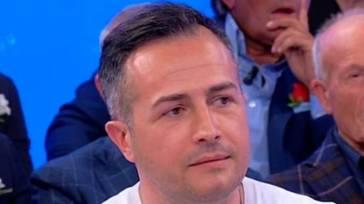 """""""Non risponde al telefono"""". Riccardo Guarnieri sparito dopo UeD. Il suo silenzio preoccupa"""